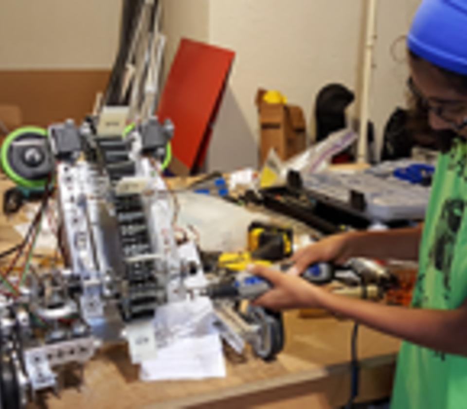 VEX Robotics team, Black Frogs