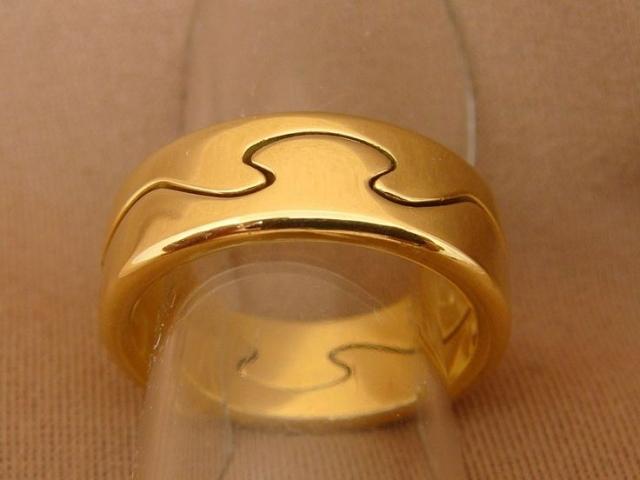 Black ring with a church print